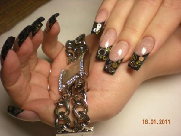 красивый дизайн нарощенных ногтей: